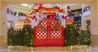 Aventura Mall Santa Installation
