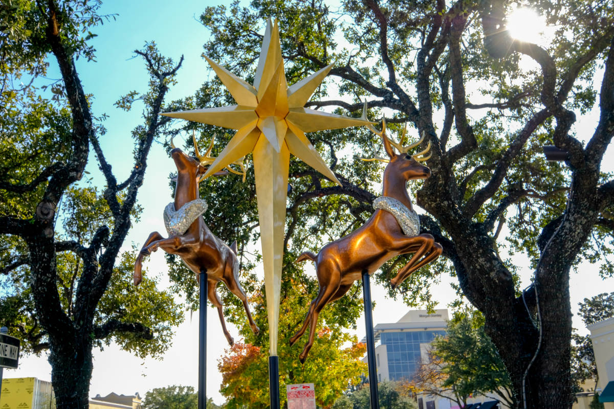 Two Bejeweled 8' Reindeer & 14' Gold Millennium Star